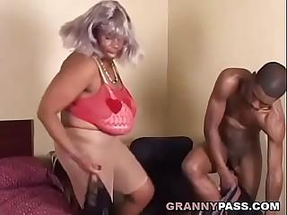 Plumper Ebony Granny Nails Big Black Cock