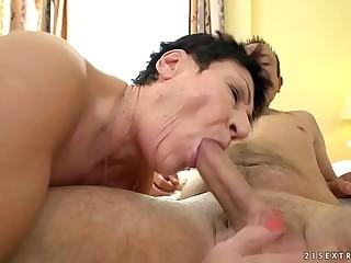 Nasty old mom Anastasia