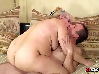 Young Shaft For Granny Pussy  Viola Jones, Rob
