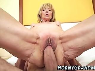 Gorgeous granny Szuzanne fuck