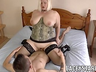Hot granny Lacey Starr fucked in the ballsack