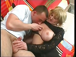 Blonde granny gets her vagina ravaged by young dick