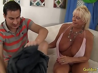 Granny Mandy McGraw seduces boy