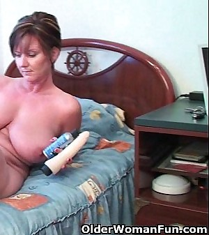 British grannies Fun and Becky love anal play