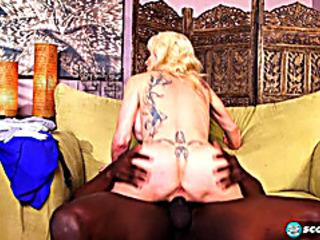 Vídeos Pornográficos HD de Granny interviewed previous to her GILF aaperture is interracially nailed