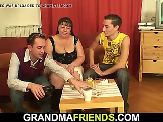 Lush older sweetheart swallows ?2 dicks at one time