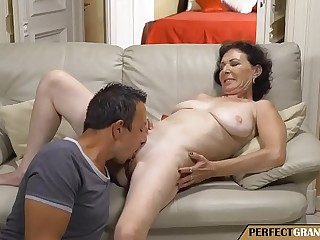 my grandmother has the best tits I'_ve ever seen
