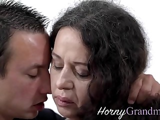 Fat grandma takes facial cumshot